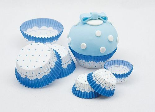 Cake Cups Blue & White & Picks Large
